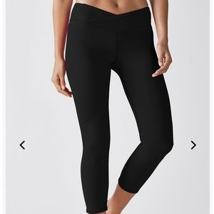 Fabletics Winn Powerhold Capri leggings XXS black